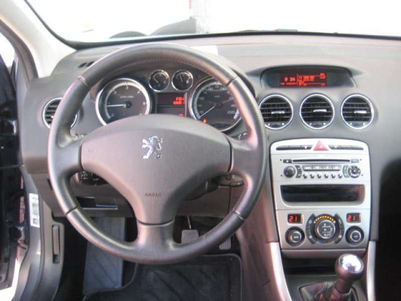 Peugeot 308 1.6 HDI 110 FAP 5 velocidades Sport