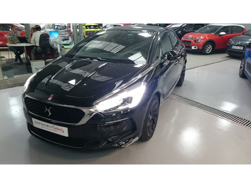 DS DS 5 BlueHDi 133kW (180CV) EAT6 Perf. Line Performance Line
