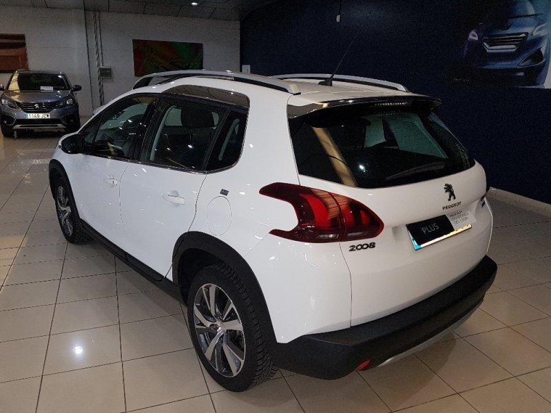 Peugeot 2008 1.2 PureTech 110 S&S EAT6 Allure