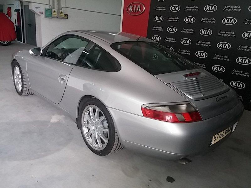 Porsche 911 COUPE CARRERA
