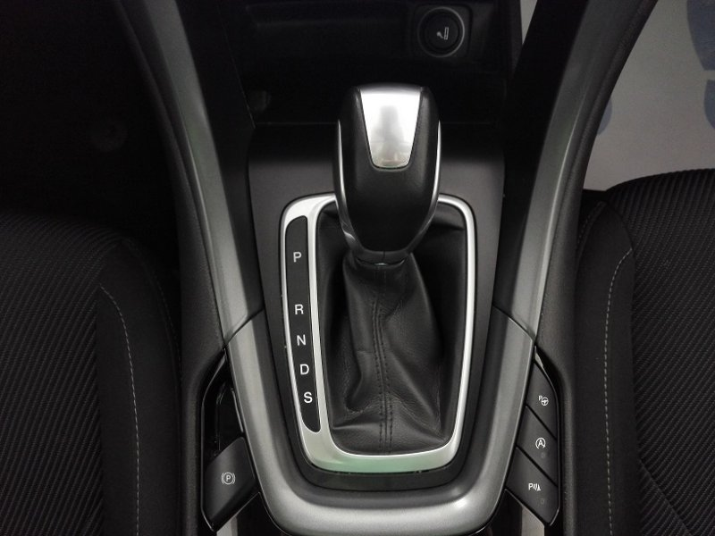 Ford Mondeo 2.0 TDCi 180cv PowerShift Titanium