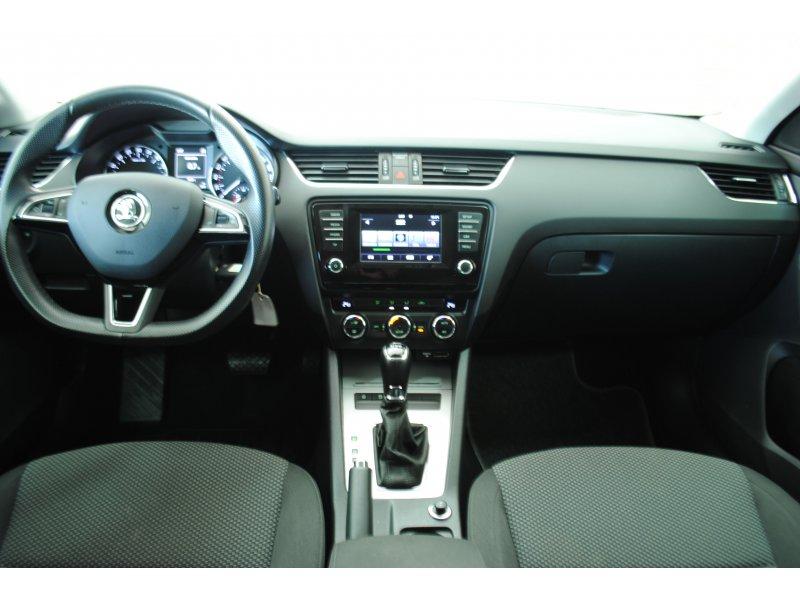 Skoda Octavia Combi 2.0 TDI CR 150cv DSG Ambition