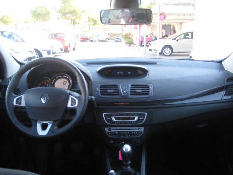 Renault Mégane 2011 1.6 16v 110 E5 Emotion