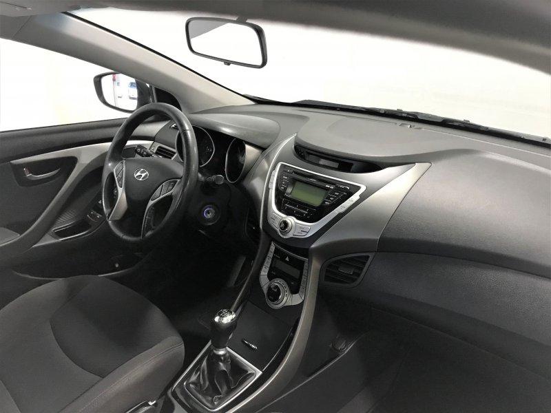 Hyundai Elantra 1.6 MPI GLS 132CV Tecno