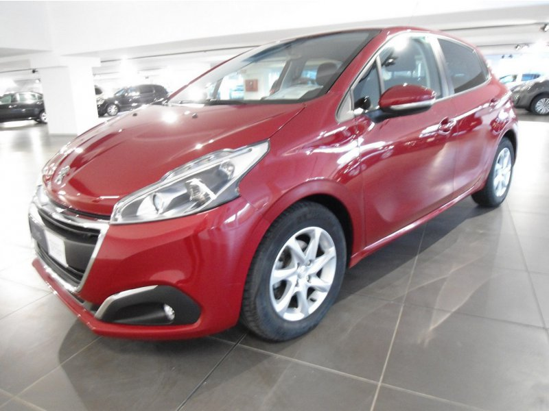Peugeot 208 ACTIVE 1.2 PURE TECH 5P 82 CV ACTIVE 1.2 PURE TECH 5P 82 CV