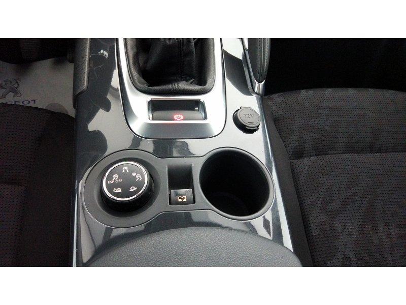 Peugeot 3008 1.6 HDI 110cv Allure