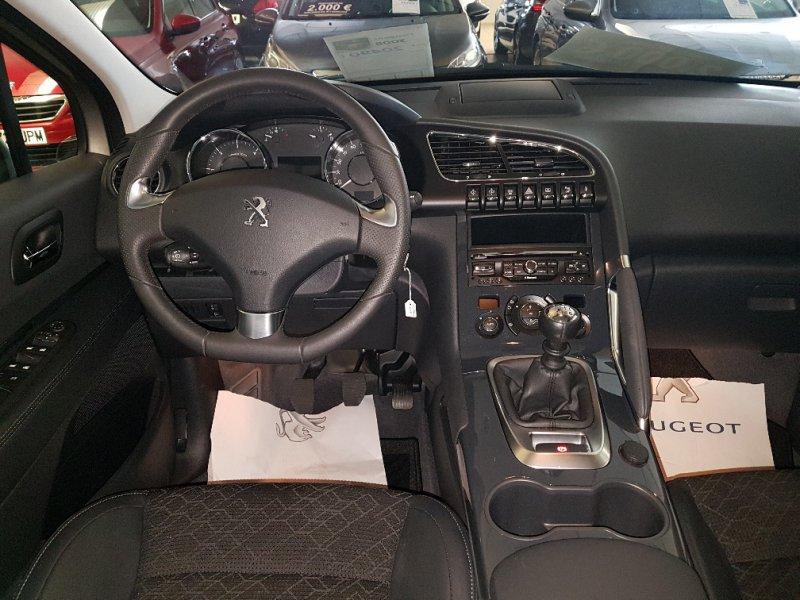 Peugeot 3008 1.6 HDI 115 FAP Allure