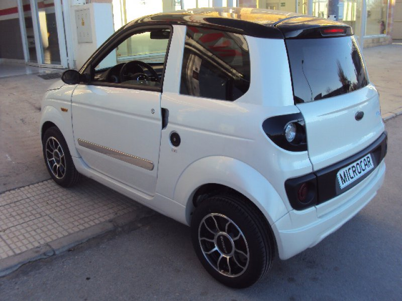 Microcar MGO Dynamic LD Progress ACT Dynamic+Pack Multimedia