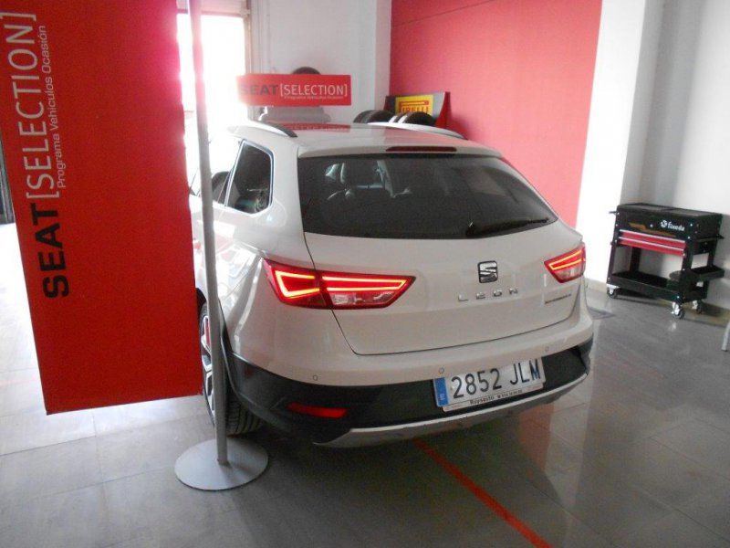 SEAT Nuevo León ST 1.6 TDI 110cv 2Drive St&Sp X-perience
