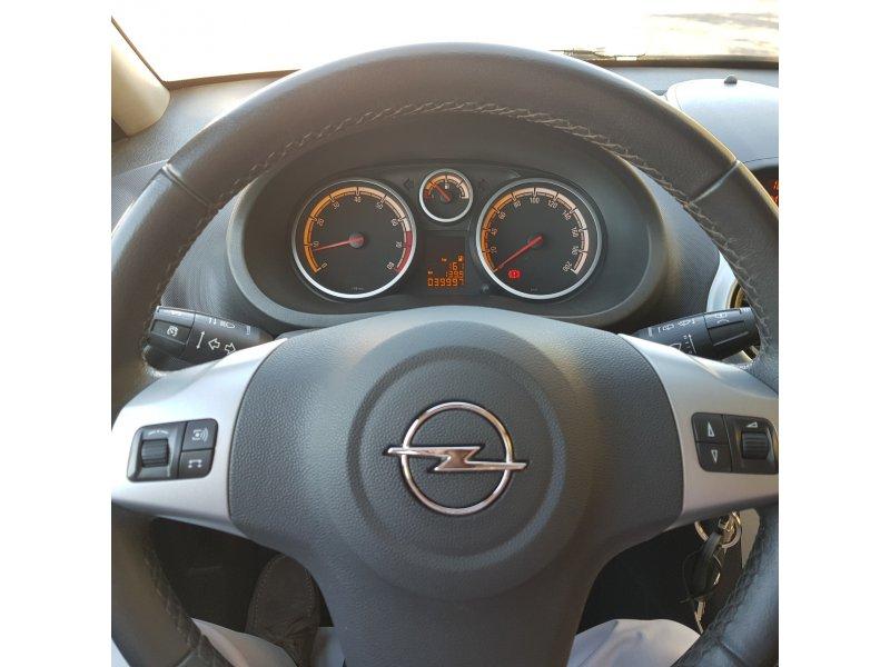 Opel Corsa 1.2 Easytronic C'Mon
