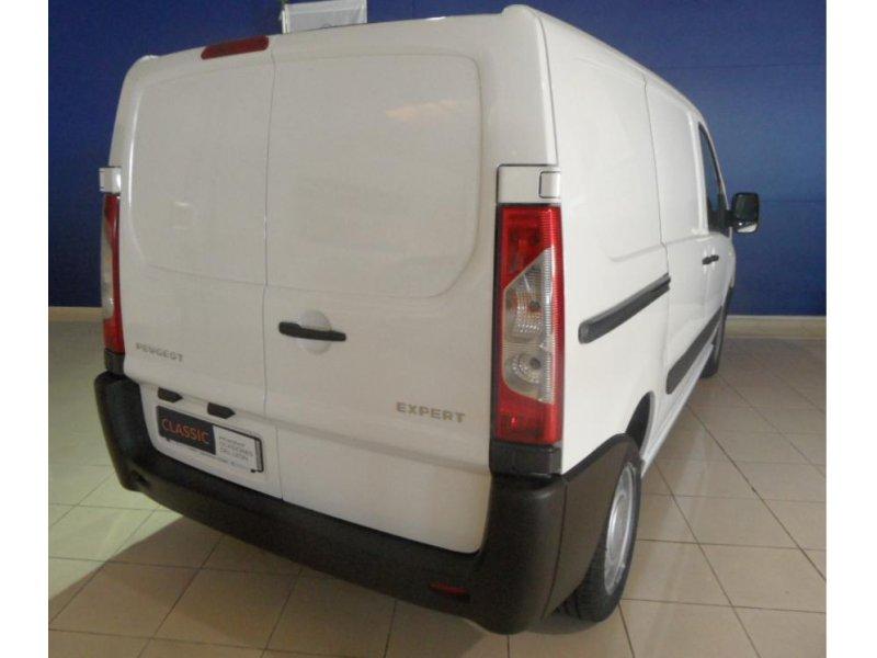 Peugeot Expert 227 L1H1 2.0 HDi 125 -