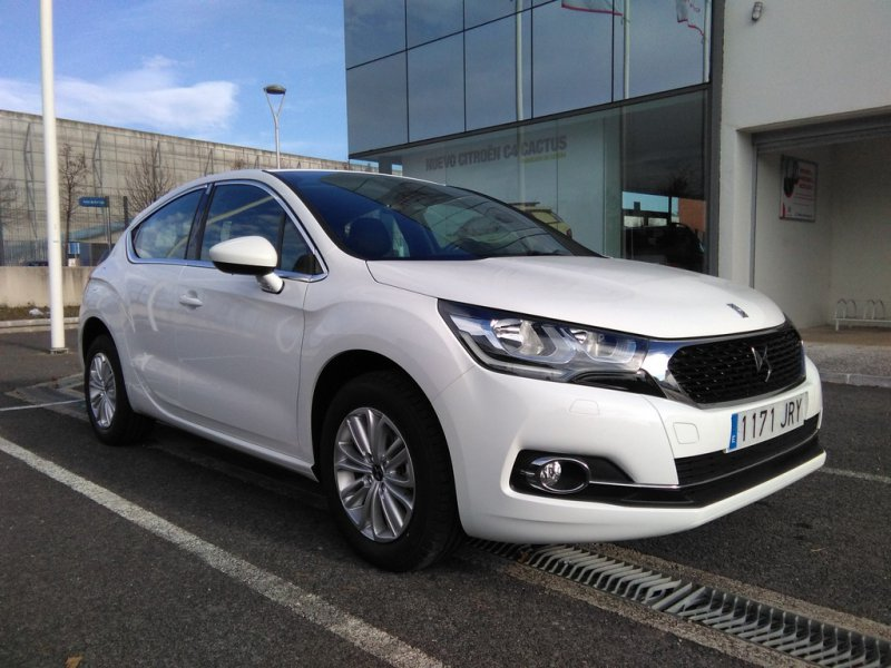 DS DS 4 1.6 BlueHDi 120cv STT Design
