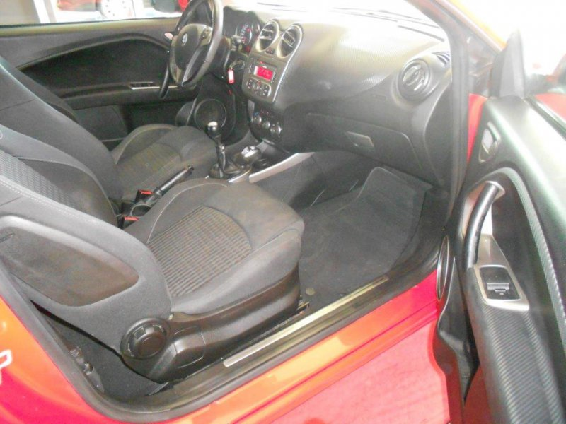Alfa Romeo Mito 1.4 turbogasolina 120CV Distinctive