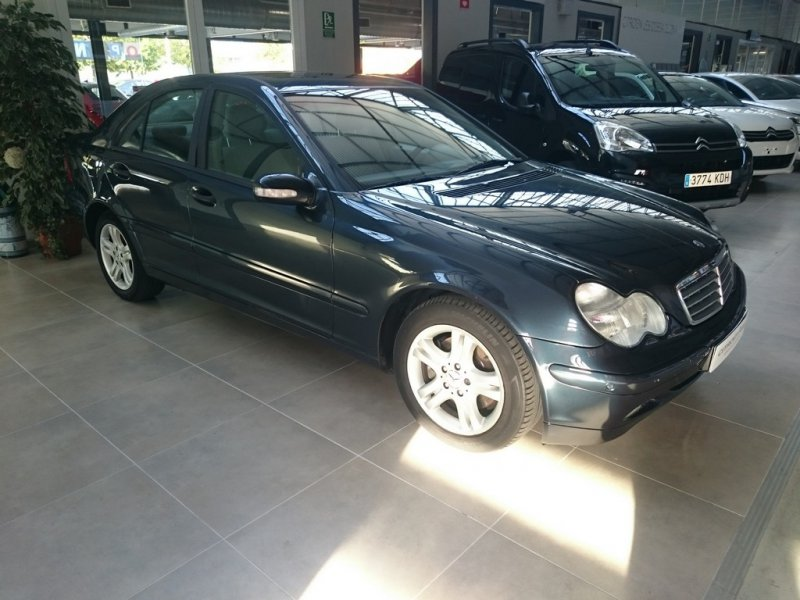 Mercedes-Benz Clase C C 270 CDI CLASSIC