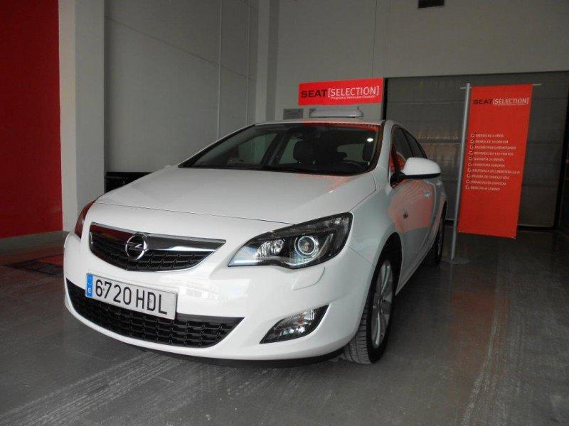 Opel Astra 1.7 CDTi 110 CV Enjoy