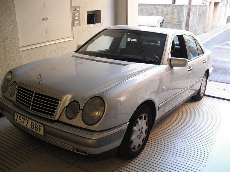 Mercedes-Benz Clase E DT AUTO KAT E 300