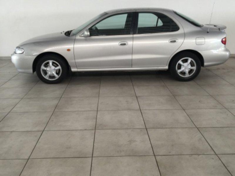 Hyundai Lantra 2.0I GLS