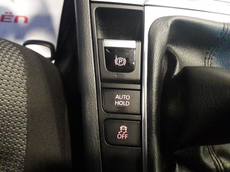 Volkswagen Passat 2.0 TDI 140 Tech Edition Plus BlueMotion