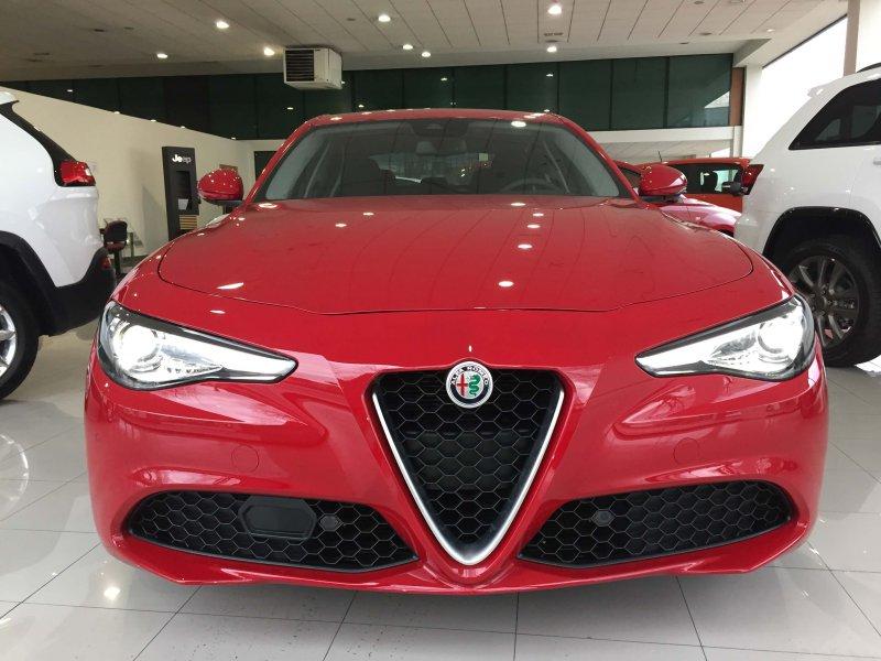 Alfa Romeo Giulia 2.0 Gasolina 200cv AT Giulia