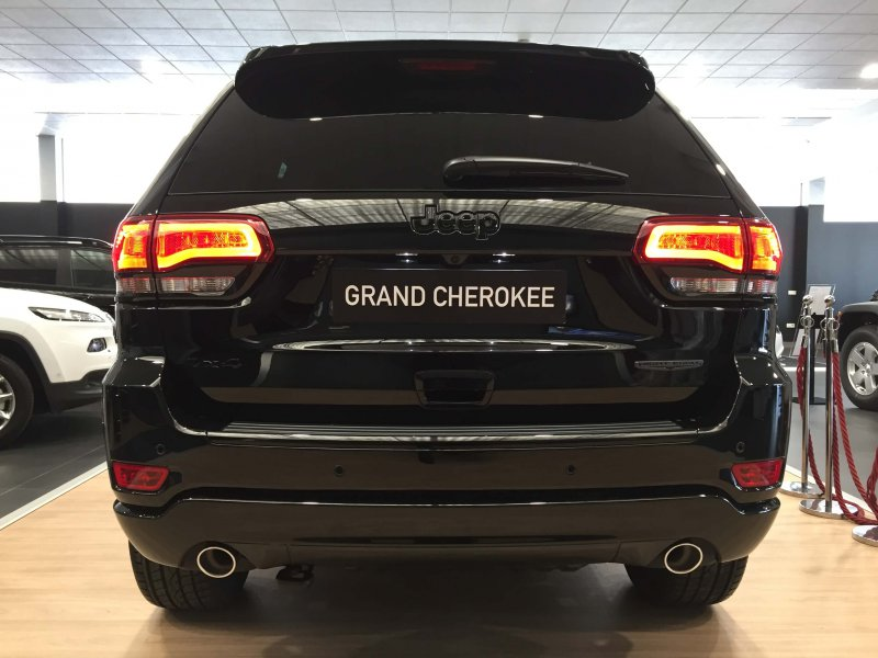 Jeep Grand Cherokee 3.0 V6 Diesel 184kW E6 Night Eagle