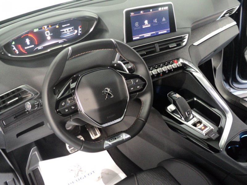 Peugeot 5008 GTLine 1.6L B.HDi 120 S&S EAT6 GT Line