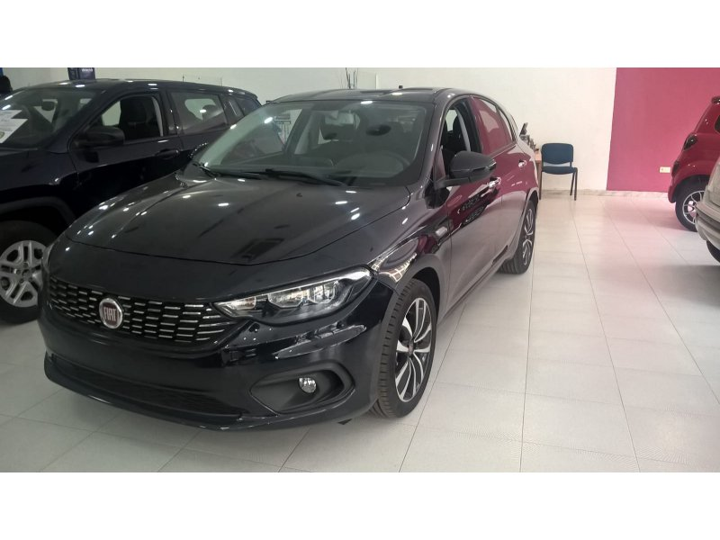 Fiat Tipo 1.4 T-Jet 16v Lounge Plus 88kW 5P Lounge PLus