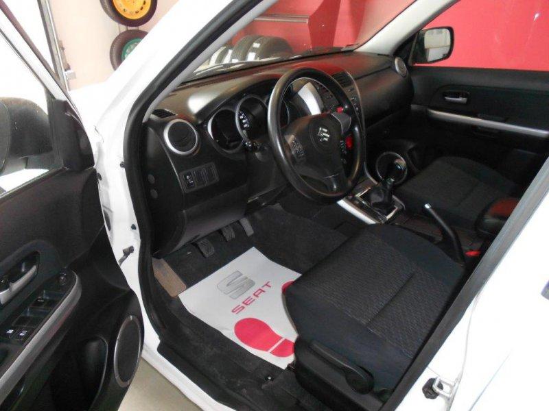 Suzuki Grand Vitara 1.9 DDiS 5P JLX