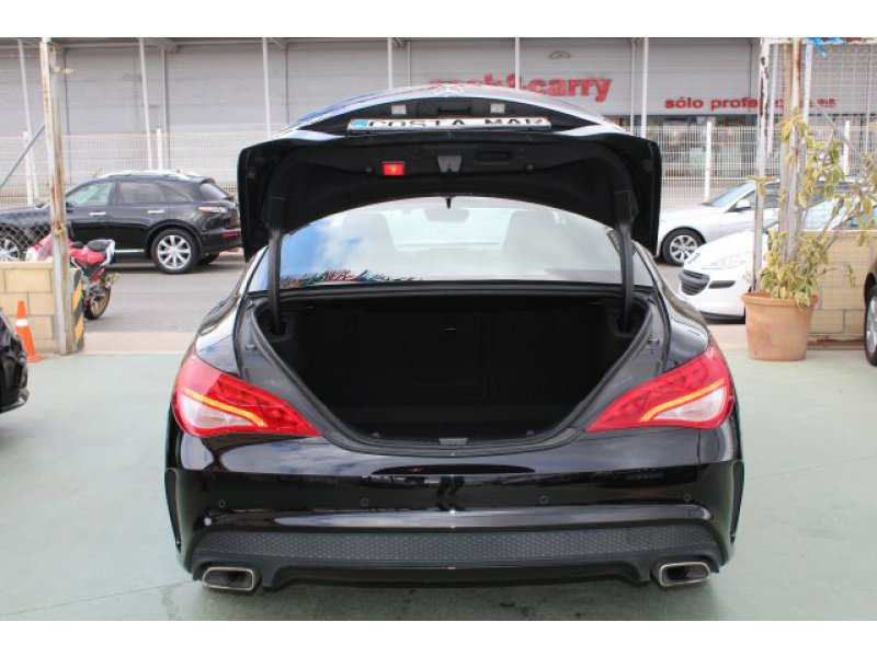 Mercedes-Benz Clase CLA CLA 220 CDI Aut. Shooting Brake AMG Line