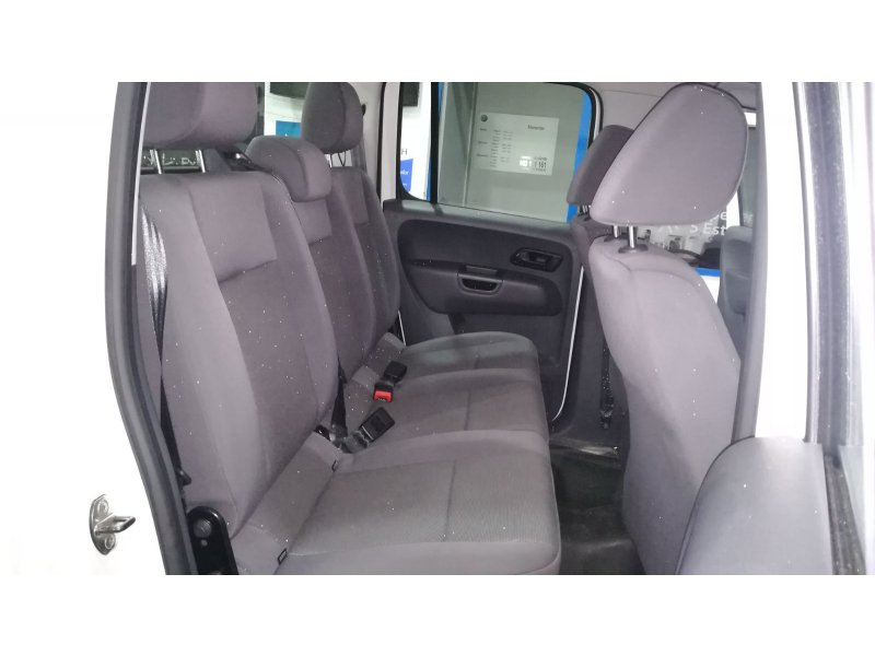 Volkswagen Amarok D Cab 2.0 TDI 140cv 4M Conectable Básico