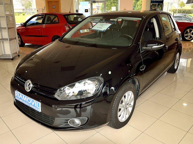 Volkswagen Golf Advance BlueMotion